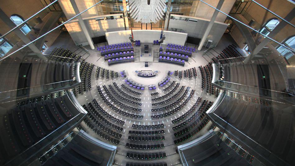 Plenarsaal des Bundestags: Sitzen mehr als 800 Abgeordnete im neuen Parlament?