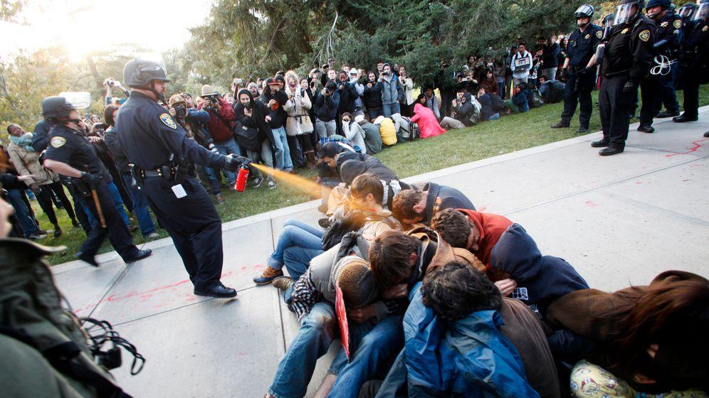 """Pfefferspray auf dem Campus: """"Shame on you!"""""""