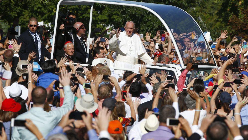 Botschaft für Franziskus: Fünfjährige trifft Papst