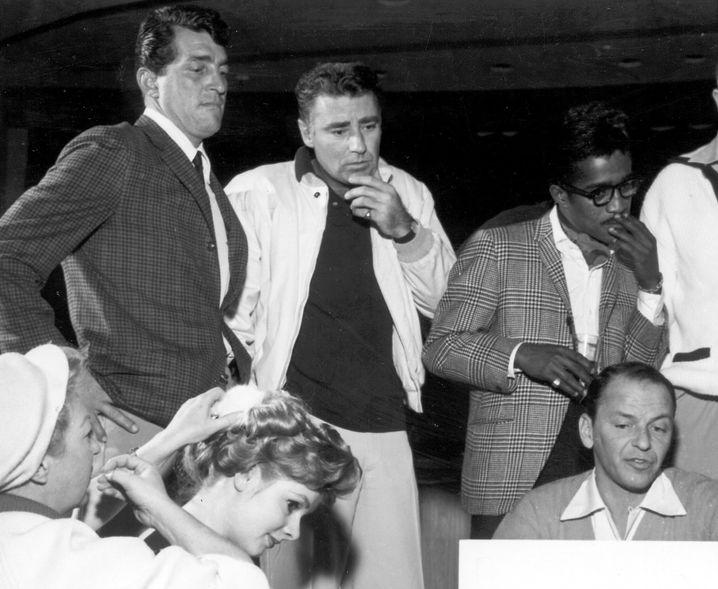 Lawford (Mitte) mit Dean Martin (links) und Sammy Davis Jr.