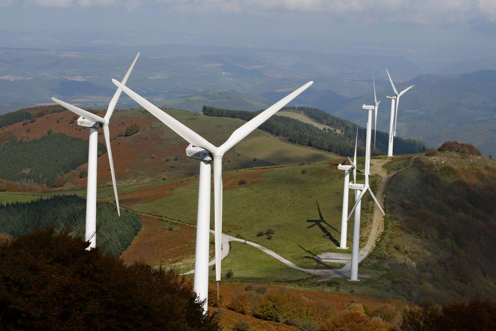 Frankreich/ Windkraft/ Windräder