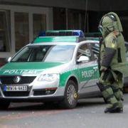 Polizeieinsatz: Kontrollierte Sprengung an einer Schule in Oberhausen