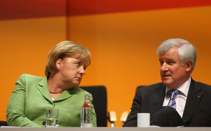 """Kanzlerin Merkel, CSU-Chef Seehofer: """"Ich hab' nix gegen Diskussionen"""""""