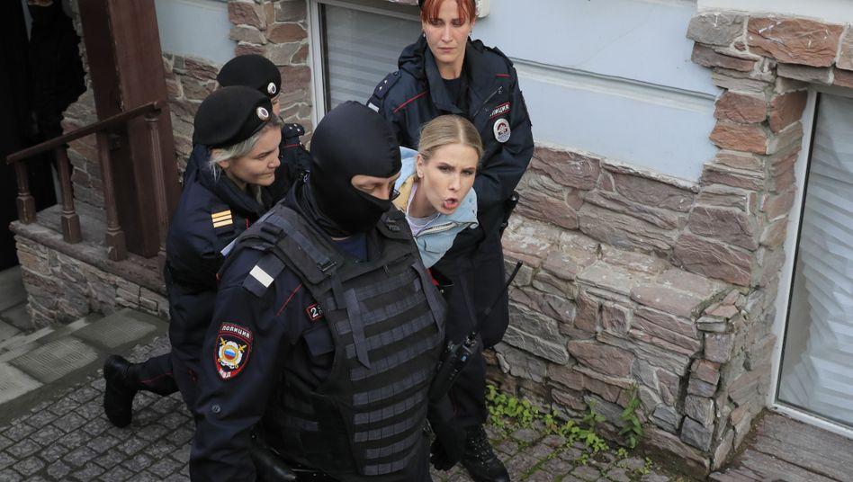 Es ist nicht das erste Mal, dass die Oppositionelle Lyubov Sobol festgenommen wurde (Archivbild August 2019)