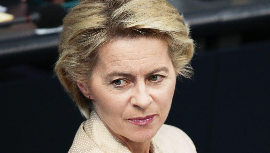 """Verteidigungsministerin Ursula von der Leyen (CDU): """"Der Einsatz ist verfassungsfest"""""""