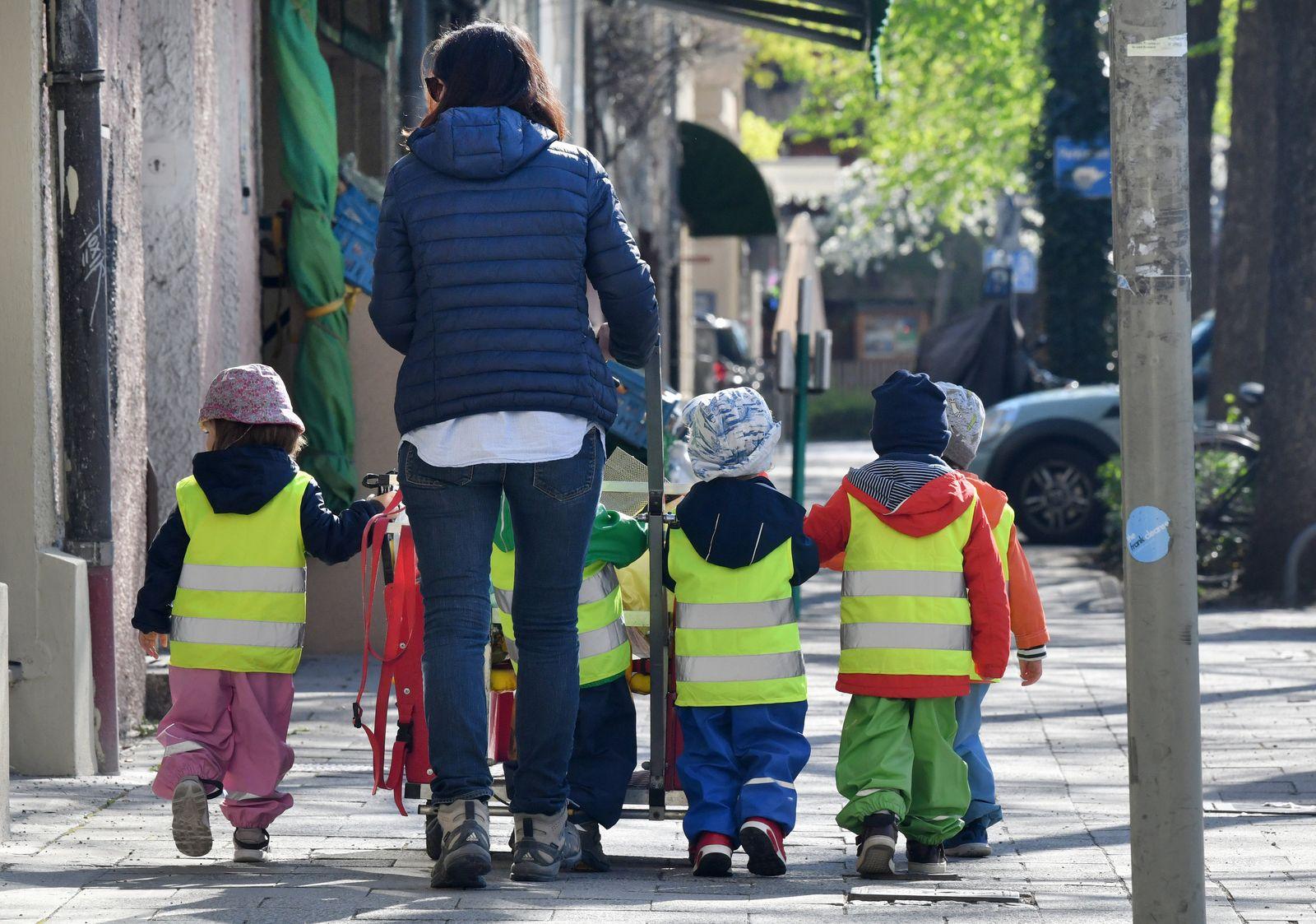 Ausflug mit Kita-Kindern
