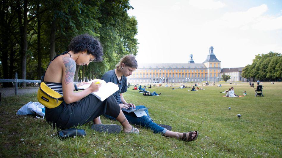 Das Lernen in Gesellschaft vermissen viele Studierende