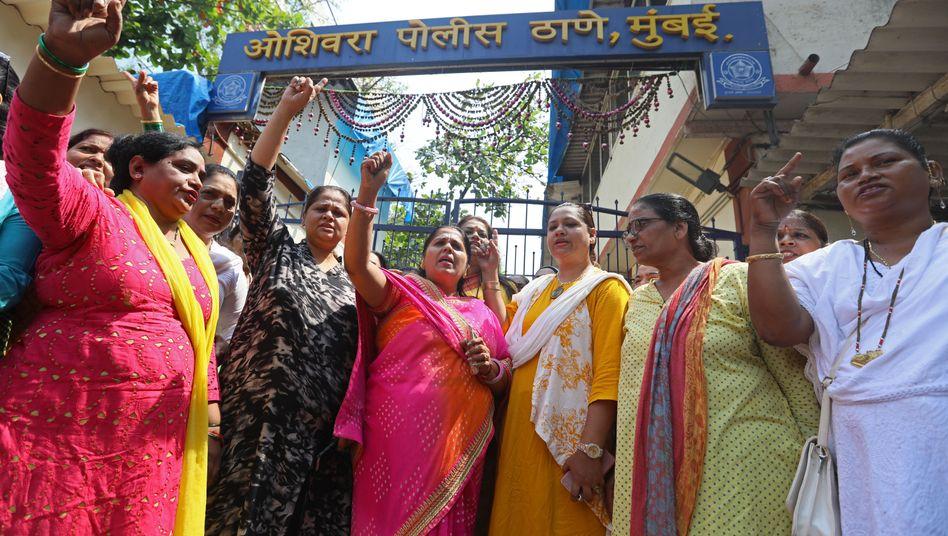 Demonstrantinnen in Mumbai