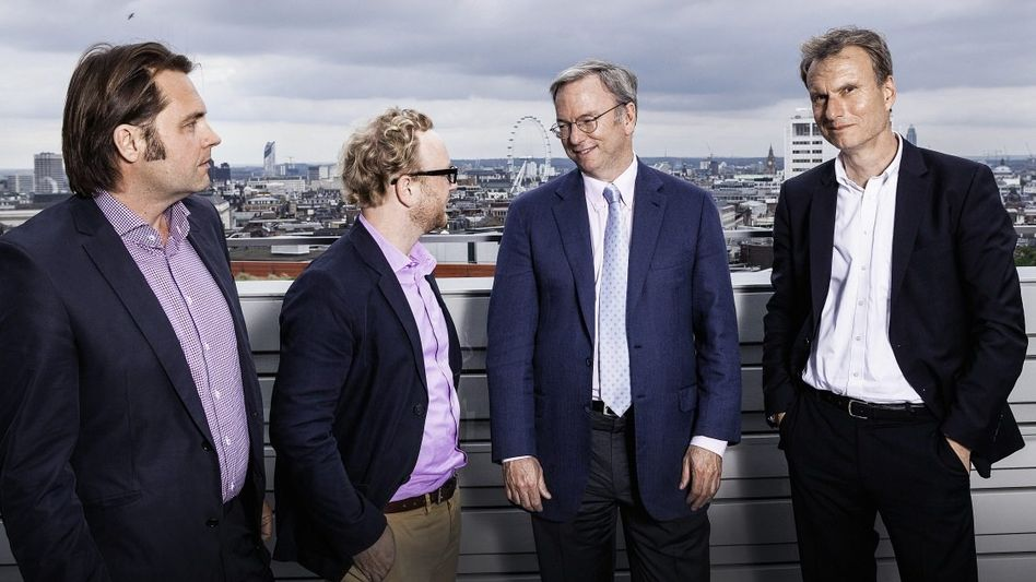 Rosenbach, Schulz, Schmidt, Höges in London