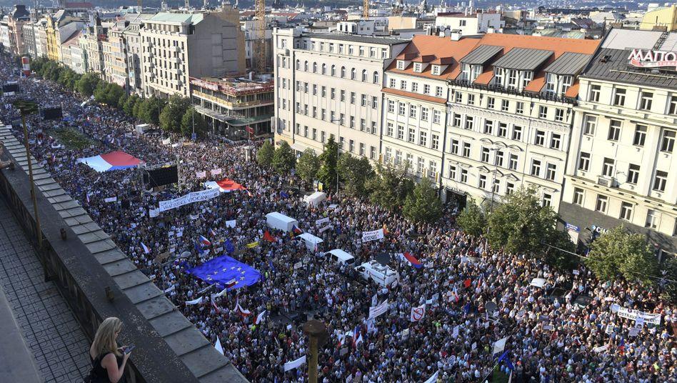 Demonstranten in der Prager Innenstadt