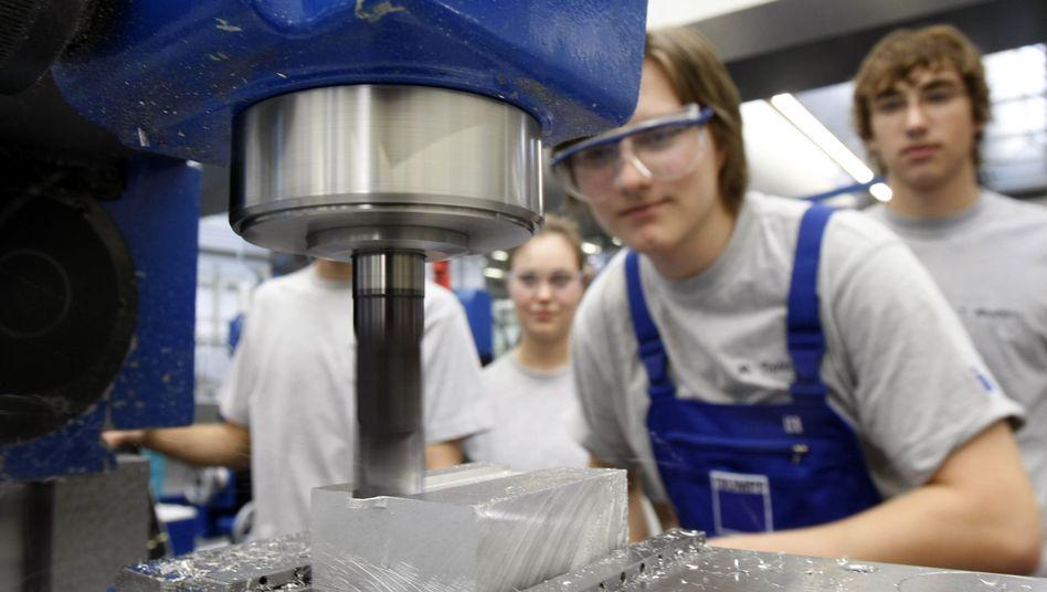 Auszubildende in Ditzingen bei Stuttgart: Lehrlinge werden zur Mangelware