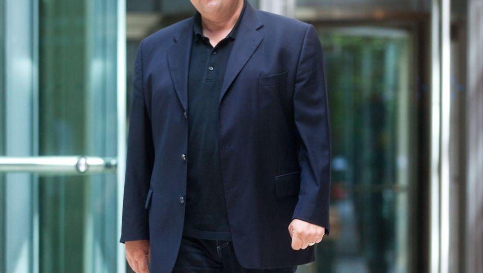 SPD-Bundesvorsitzende Sigmar Gabriel steht für eine Mindestrente von 850 Euro ein