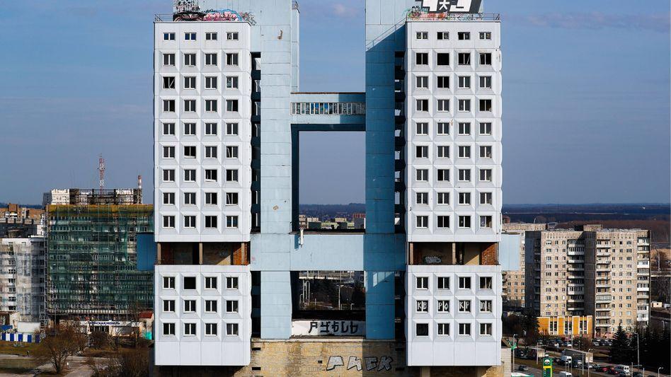 """Ein Gebäude, das nie fertiggestellt wurde: Das """"Haus der Sowejts"""" in Kaliningrad"""