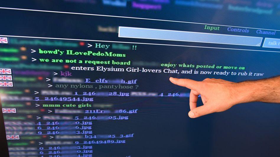 Screenshot eines Chat-Protokolls auf einer Kinderpornografie-Plattform