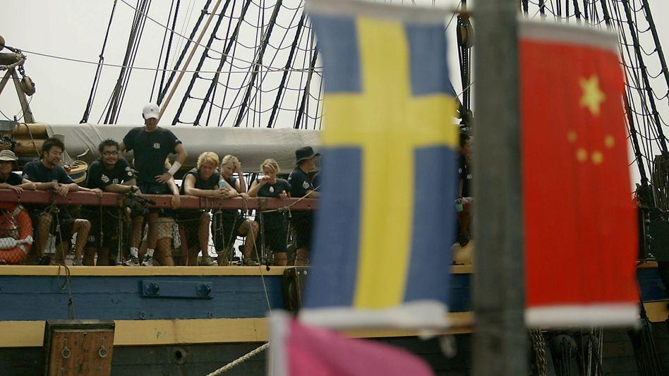Schwedische und chinesische Fahne - oder doch Flagge?