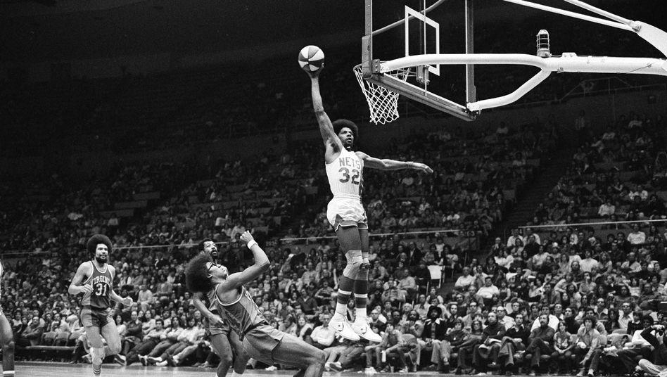 Basketball-Legende Erving: Lichtgestalt in den USA