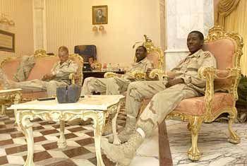 Pause in einem der ehemaligen Paläste von Saddam Hussein in Bagdad