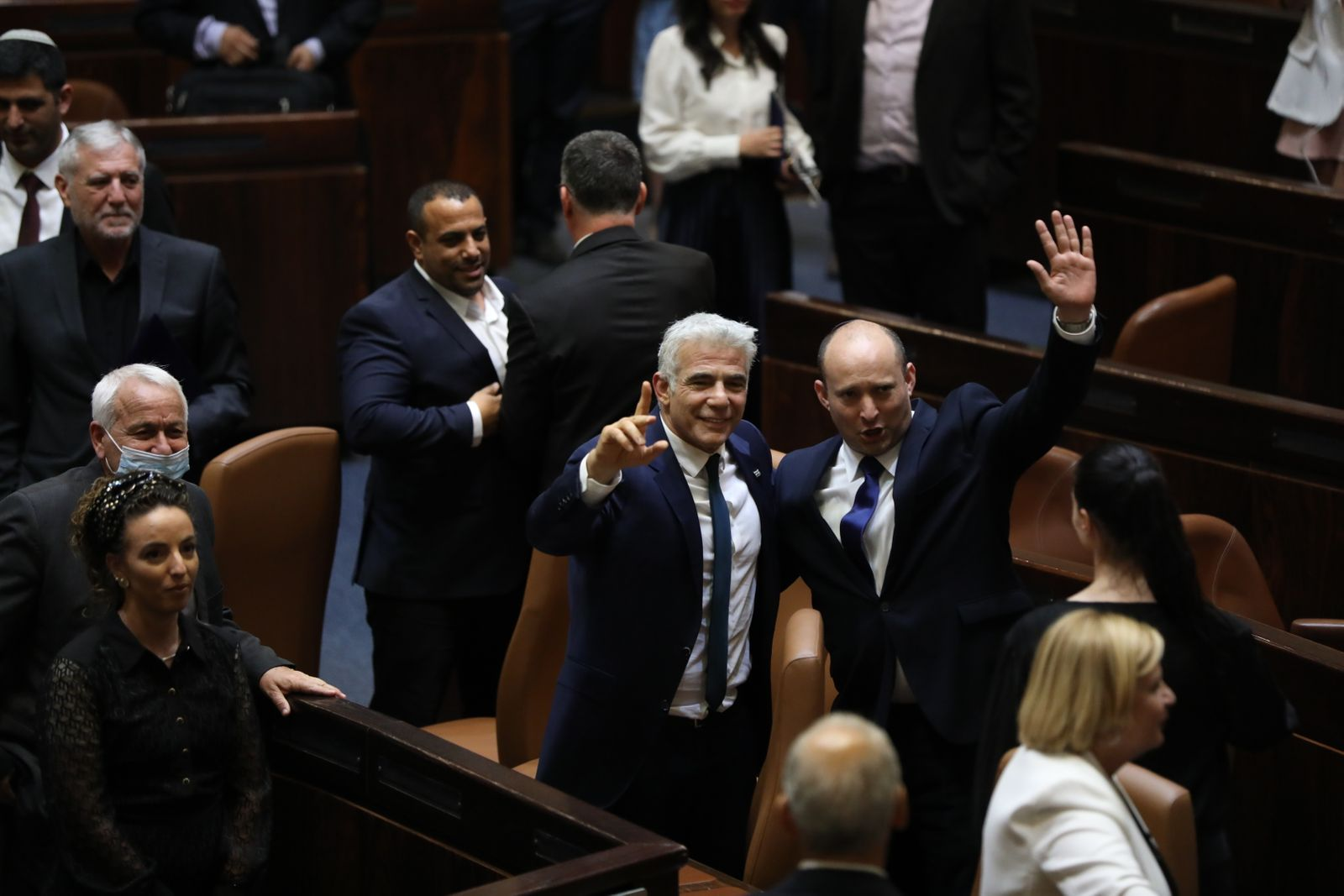 Israeli parliament votes for government change