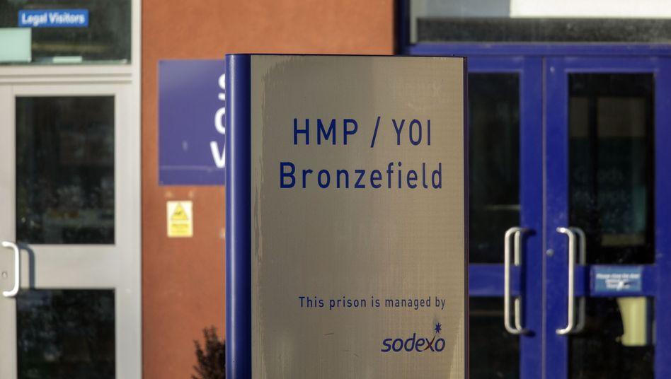 Justizvollzugsanstalt Bronzefield in Ashford