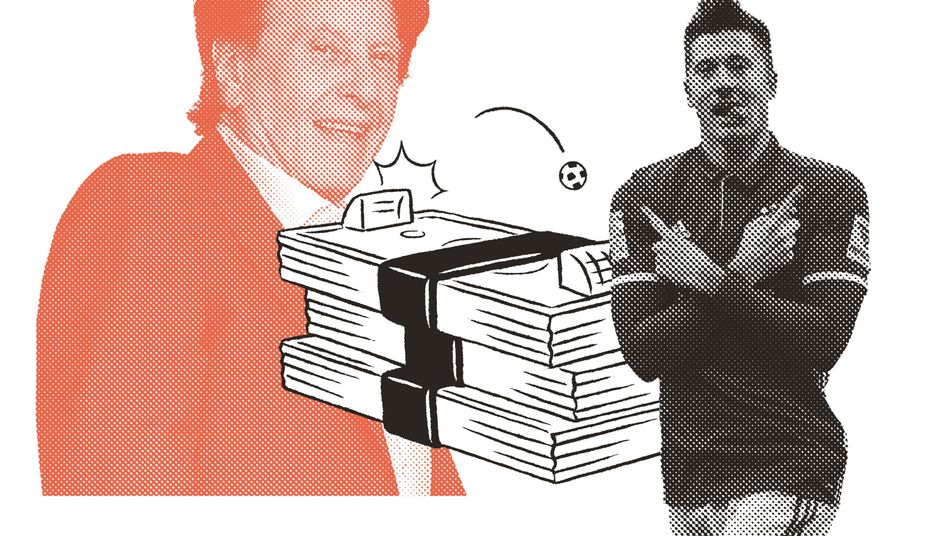 Football agent Pini Zahavi and Bayern Munich player Robert Lewandowski
