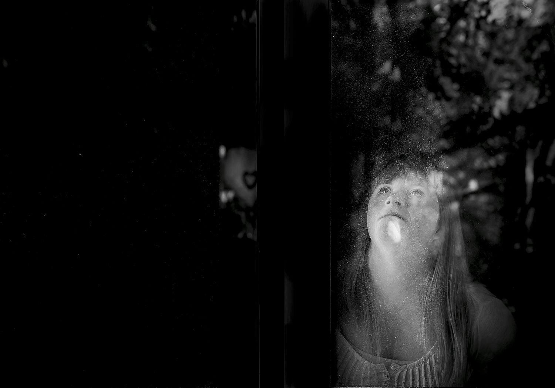 EINMALIGE VERWENDUNG Sabine Lewandowski / Trisomie 21 / 143 Zentimeter