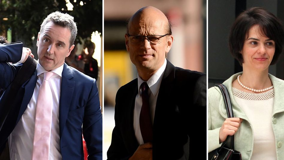 Die vier Mission-Chiefs Declan Costello (EU), Rasmus Rüffer (EZB), Delia Velculescu (IWF) und Nicola Giammarioli (ESM)