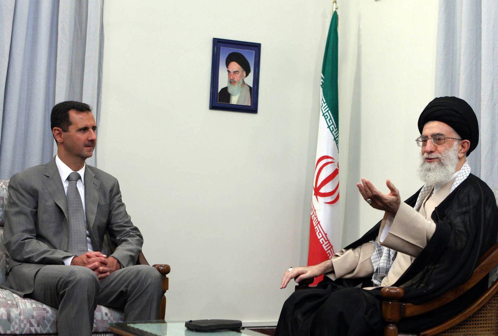 IRAN-SYRIA-KHAMENEI-ASSAD
