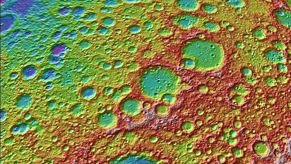 Kraterlandschaft: Der Mond in neuer Schärfe