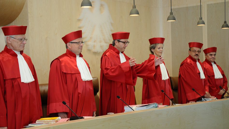 The judges of the Federal Constitutional Court won't be rushed into a ruling.