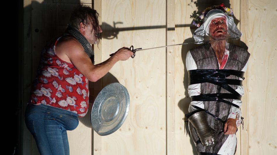 """""""Don Quijote"""" bei den Bregenzer Festspielen mit Wolfram Koch (l.) und Ulrich Matthes"""