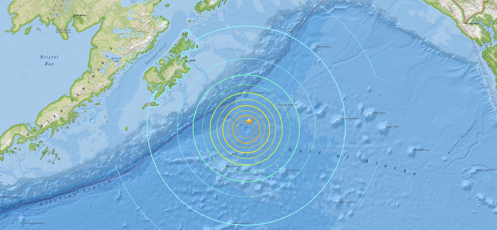 EINMALIGE VERWENDUNG Tsunamiwarnung / Alaska