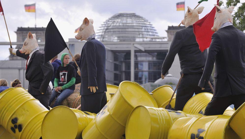 """""""Mal richtig abschalten"""": Großkundgebung gegen Atomkraft"""