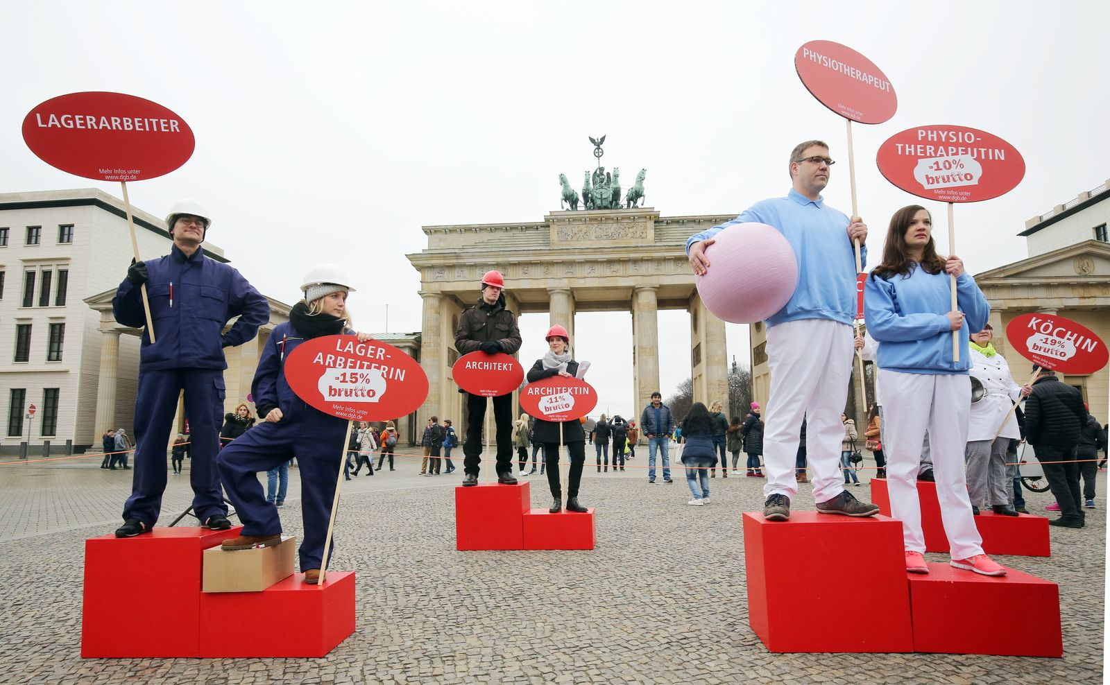 """Kundgebung zum Equal Pay Day """"Recht auf mehr!"""""""