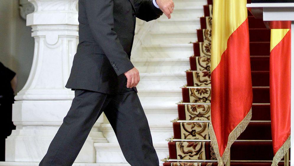 Photo Gallery: A Political Farce in Romania