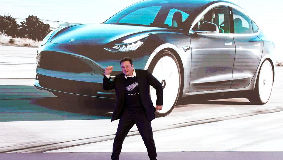 Elon Musk bei einer Tesla-Präsentation