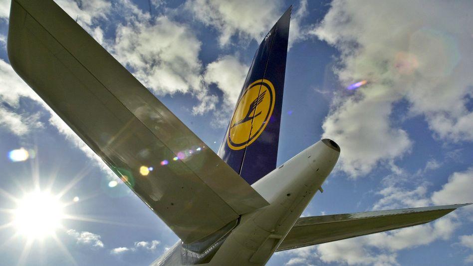 Lufthansa-Airbus auf dem Frankfurter Flughafen