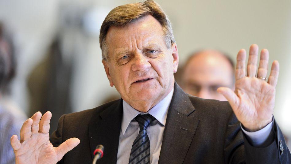 BER-Chef Mehdorn: Demokratie-Aufpreis bei Großprojekten einrechnen