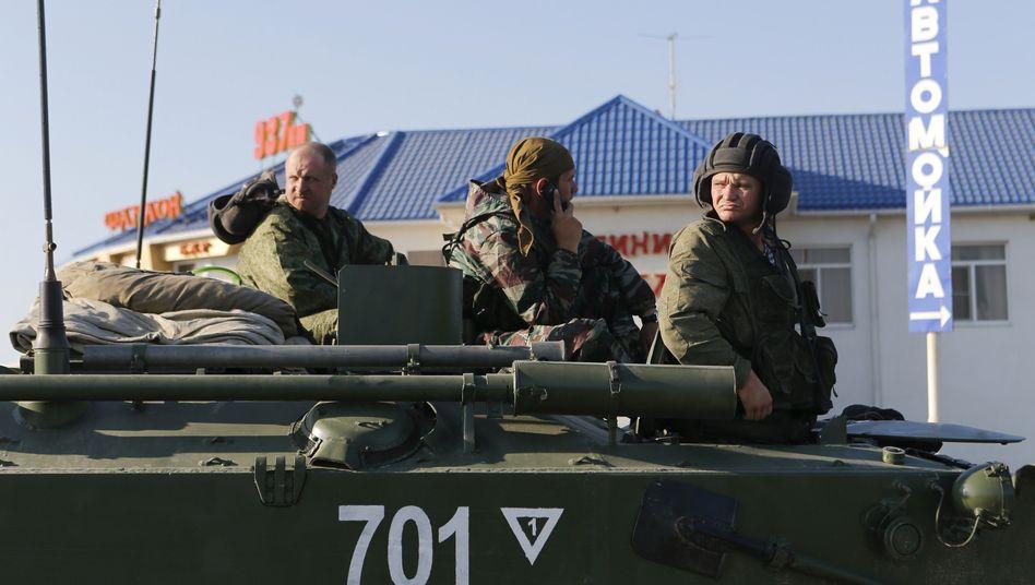 """Russische Soldaten bei Kamensk-Schachtinski (Archivbild): Grenzübertritt war """"versehentlich"""", sagt das russische Verteidigungsministerium"""