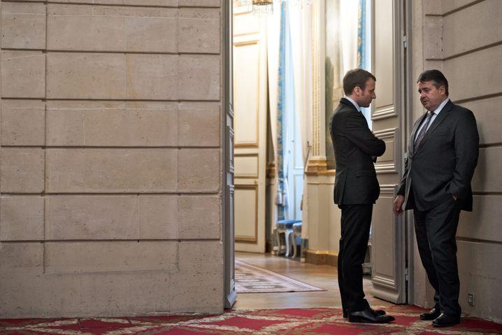 Emmanuel Macron and Sigmar Gabriel during an October 2015 meeting