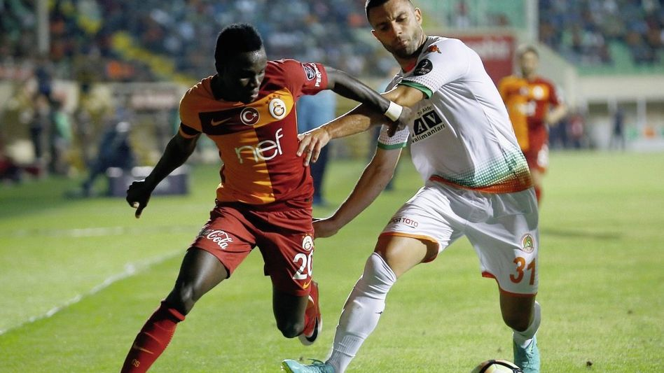 Galatasaray-Spieler Bruma (l.) am 29. Mai: Vom Onkel beraten