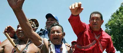 """Chavez, indianische Anhänger: """"Sozialismus des 21. Jahrhunderts"""""""