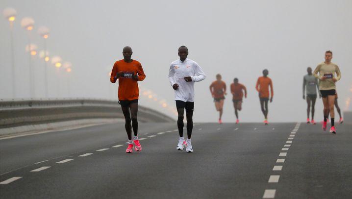 Marathon in 1:59,40 Stunden: Eliud Kipchoge schreibt Geschichte