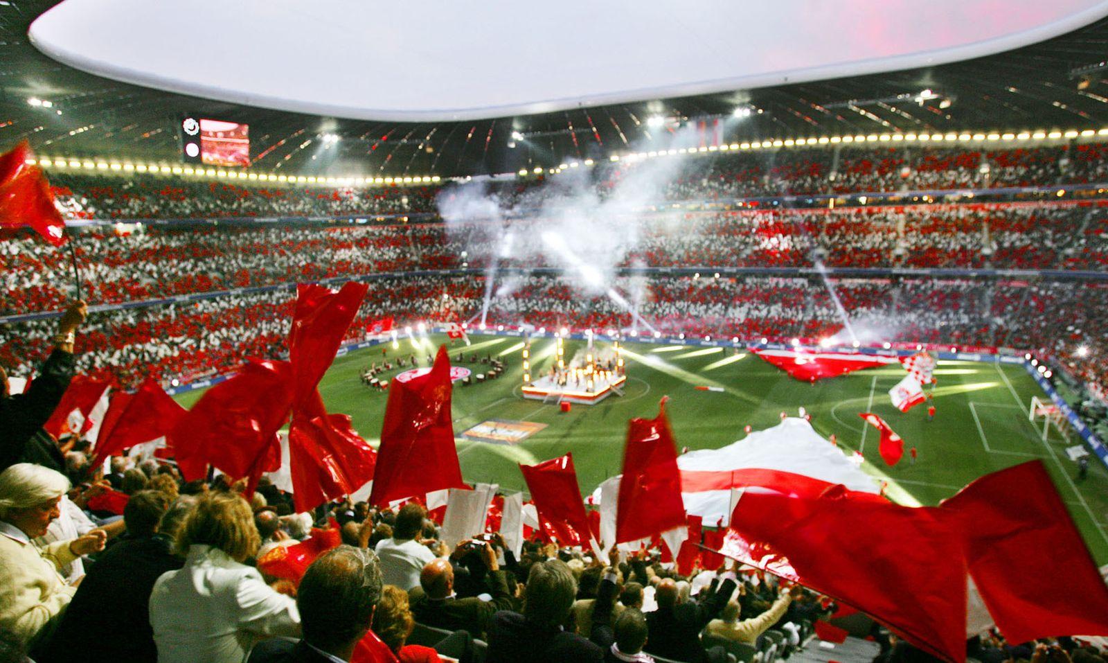 Allianz Arena / Bayern München / Fans