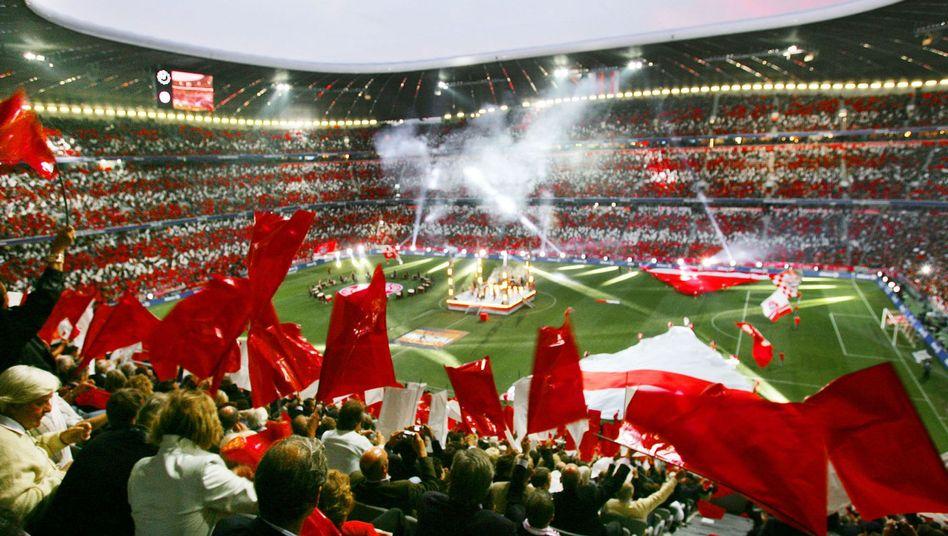 """Bayern-Fans im Stadion: """"Echte Abzocke"""""""