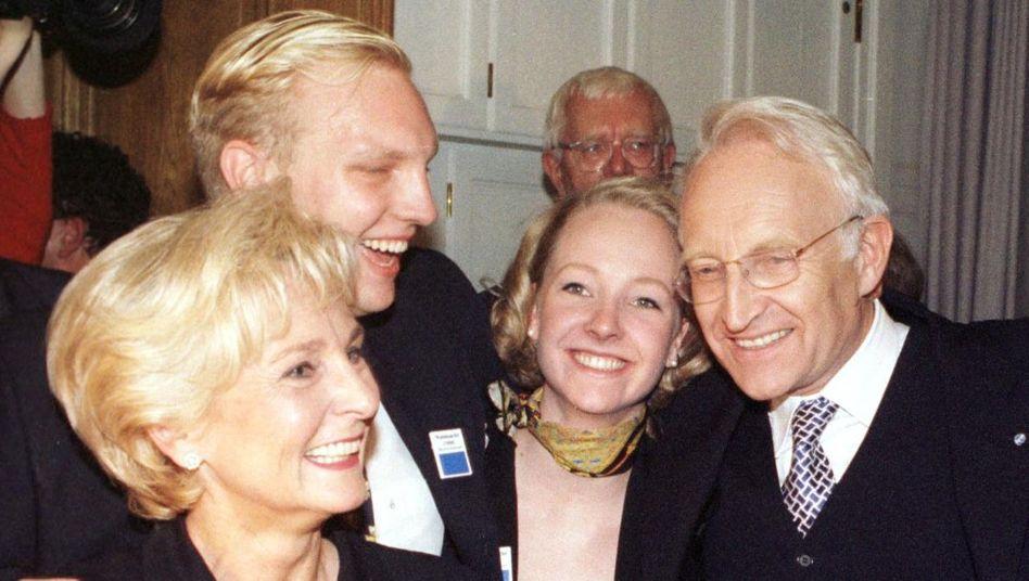 Familie Stoiber im Jahr 1998: Plagiatsverdacht gegen Stoiber-Sohn Dominic (2.v.l.)