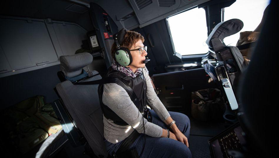 """Annegret Kramp-Karrenbauer beim Besuch deutscher Soldaten in Mali: """"Ich erwarte von unserem Nato-Partner Türkei, dass er alles tut, um die Region zu stabilisieren, und alles unterlässt, um sie noch mehr zu destabilisieren"""""""