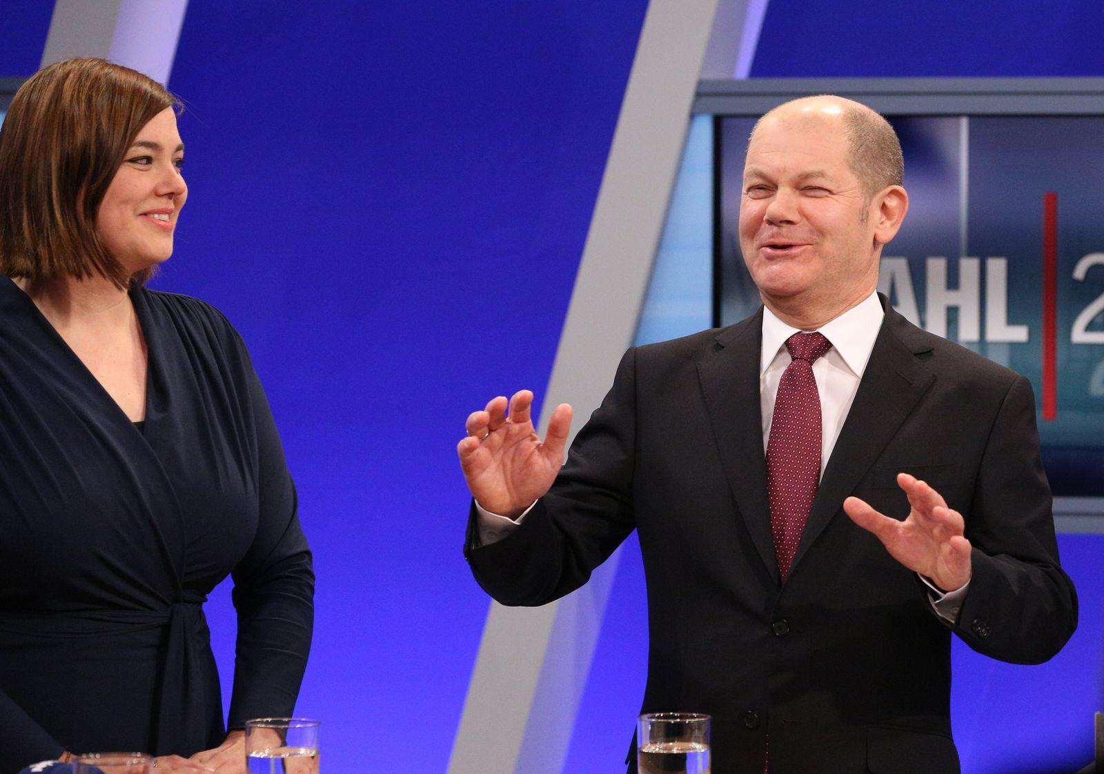 Bürgerschaftswahl Hamburg 2015/ Scholz/ Fegewagen