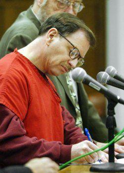 Serienmörder Ridgway vor Gericht: So viele Frauen umgebracht, dass er sie nicht mehr auseinander halten kann