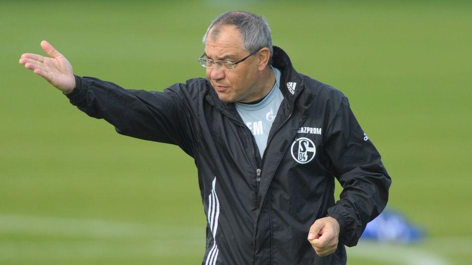 Schalke-Coach Magath: Sperren für Streikprofis verlangt