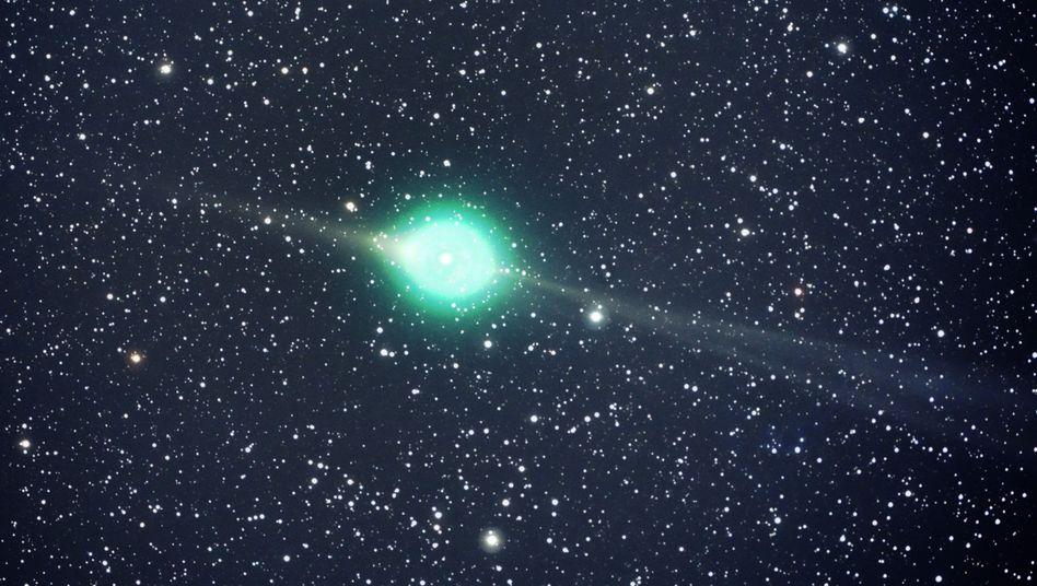Komet McNaught 2009 R1: Sonne hat Objekte offenbar eingefangen